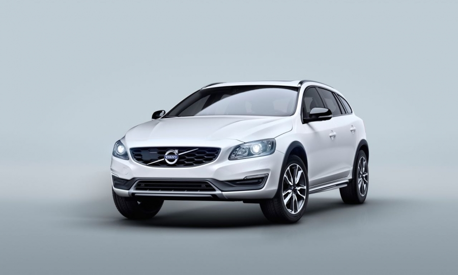 Volvo V60 Cross Country (2015)