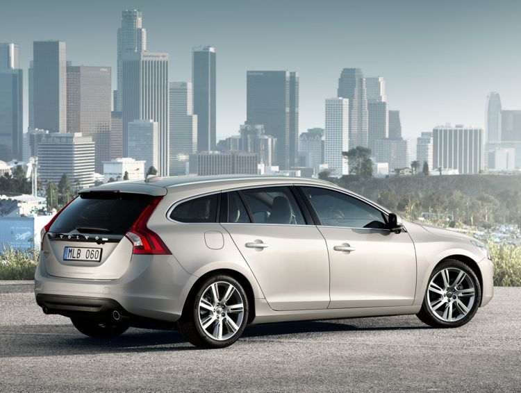 Volvo V60 Diesel Plug In Hybrid 2011