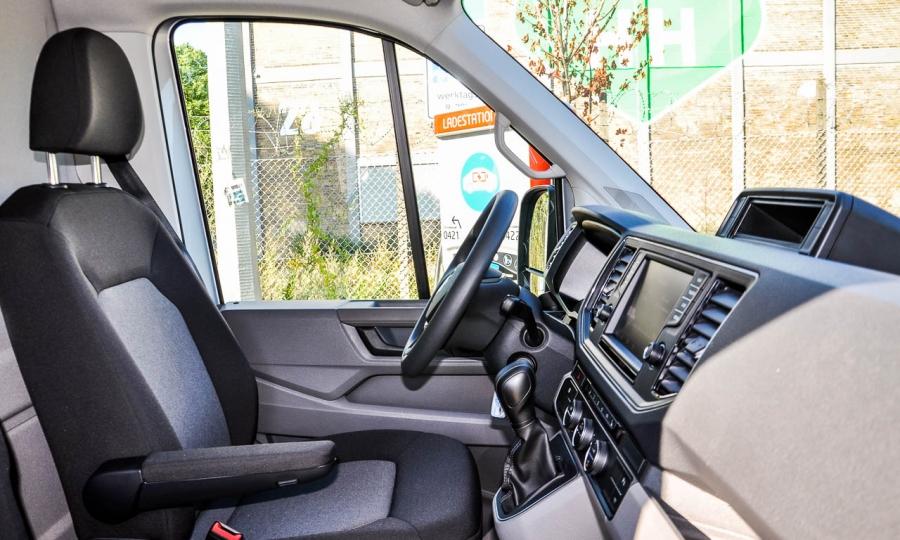 VW Volkswagen e-Crafter Elektro-LKW im Test und Fahrbericht in Hamburg Ilona Farsky Benjamin Brodbeck AUTOmativ.de-11