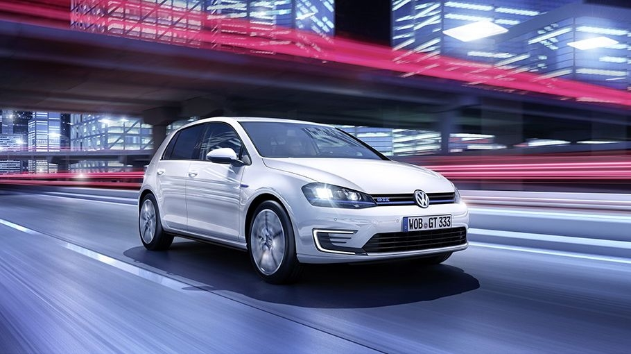 VW Golf GTE (2014)