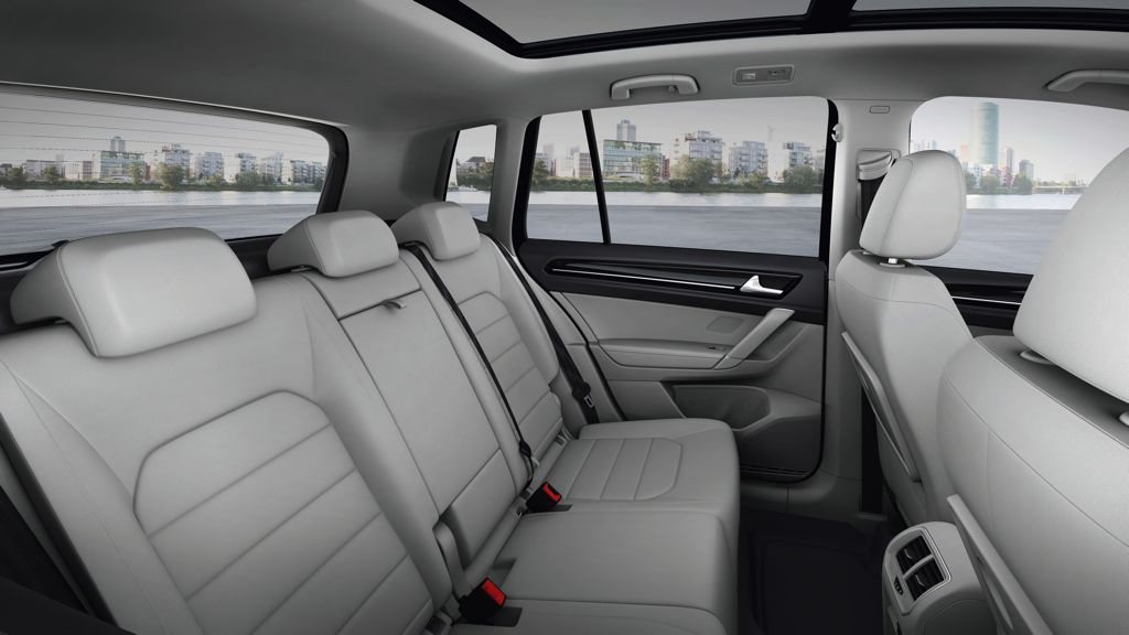 VW Golf Sportsvan (2014)