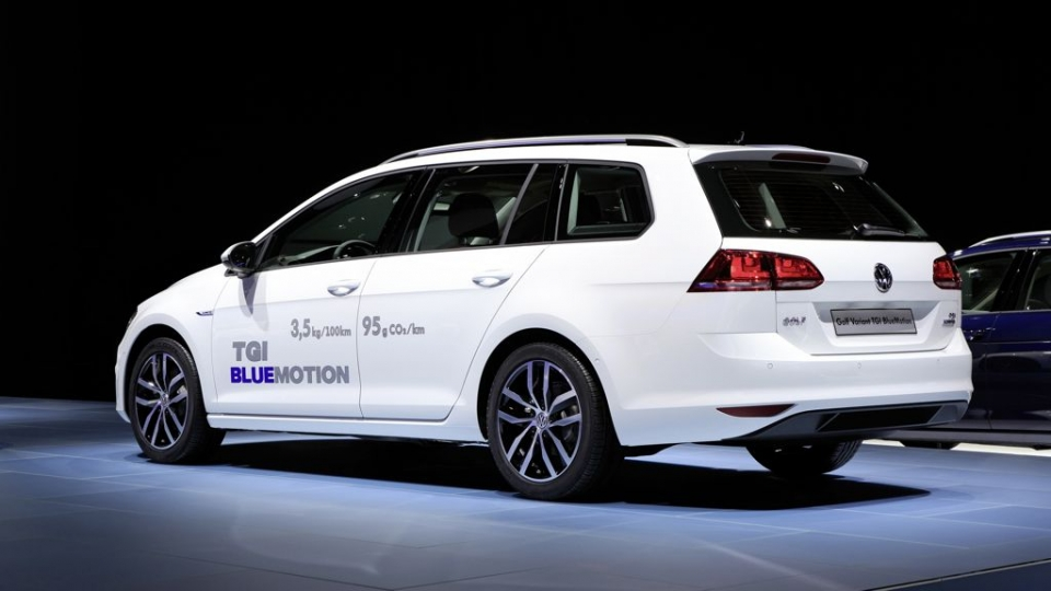 VW Golf Variant TGI BlueMotion (2014)