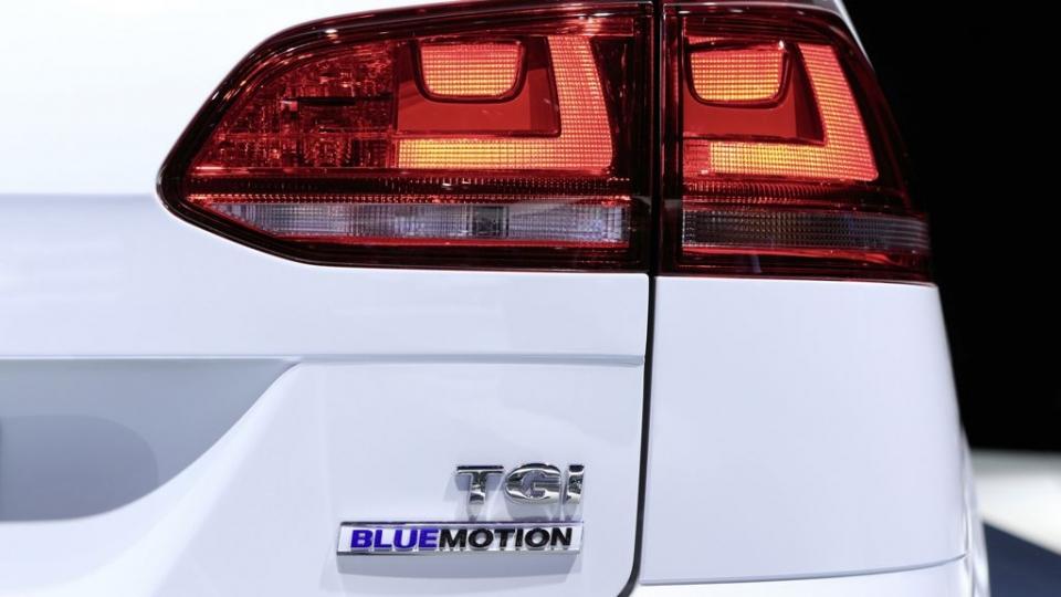VW Golf Variant TGI BlueMotion (2014)