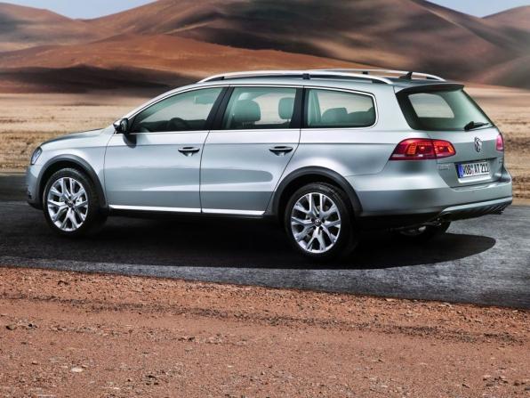 VW Passat Alltrack (2012)