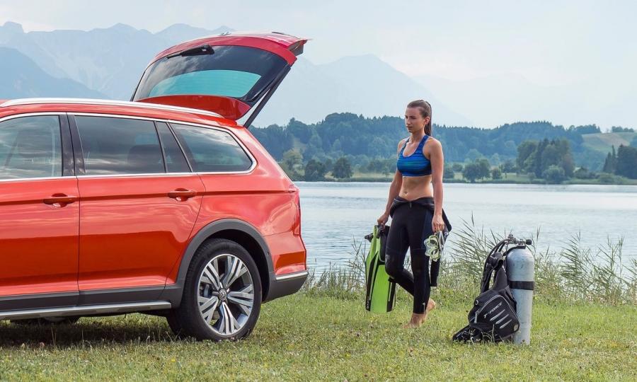 VW Passat Alltrack (2016)