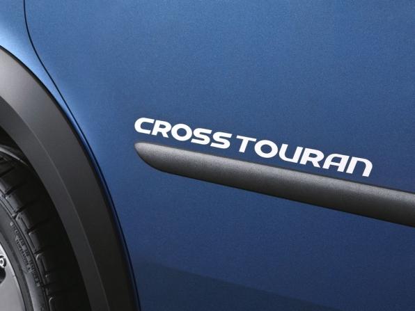 VW Touran Cross (2012)