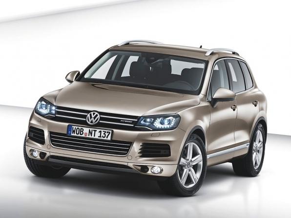 VW Touareg Hybrid (2012)