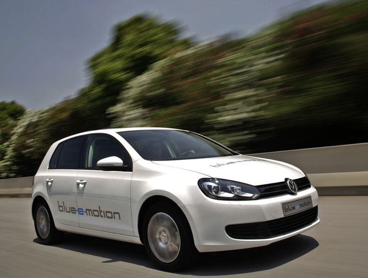 VW-Golf-E-Motion-2010-img-01