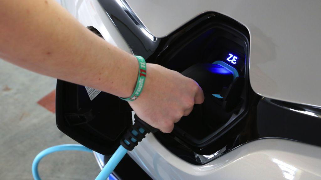 renault zoe elektroauto mj2013 img 08 - Markteinführung Volvo DRIVe V60 und S60 mit Dieselmotor