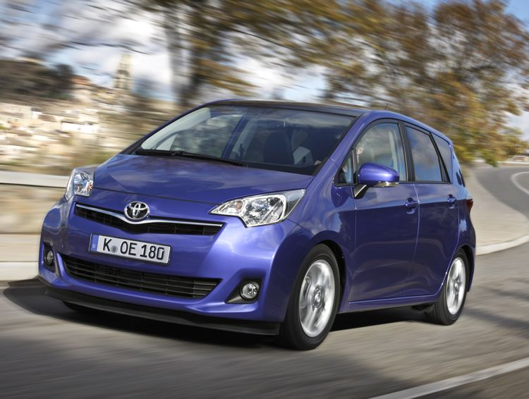 Toyota Verso-S - Mittelklasse Van ab 14.900 Euro