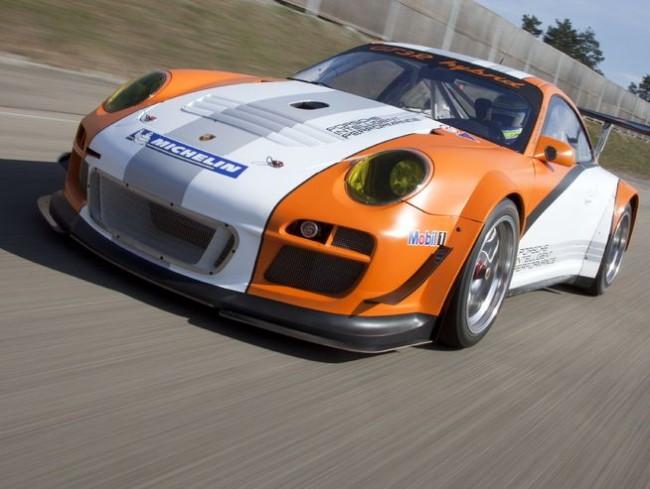 porsche 911 gt3r hybrid nuerburgring 2011 img4 650x4891 - Porsche 911 GT3R Hybrid - Renneinsatz am Nürburgring