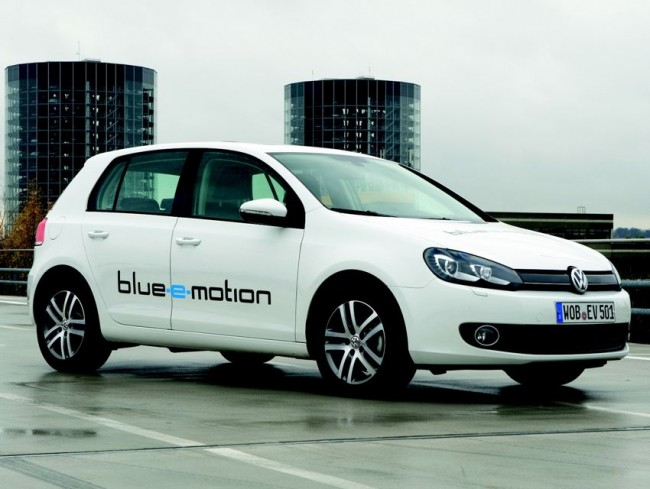 vw-elektroauto-test-golf-blue-emotion-2011-img-1-650x4891