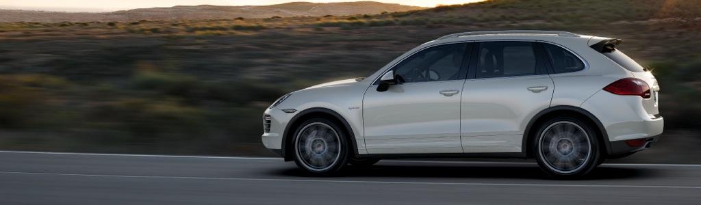 porsche cayenne s hybrid mj 2011 teaser 1 - Projekt One Tonne Life - Elektroauto von Volvo in der Energiegesamtbilanz