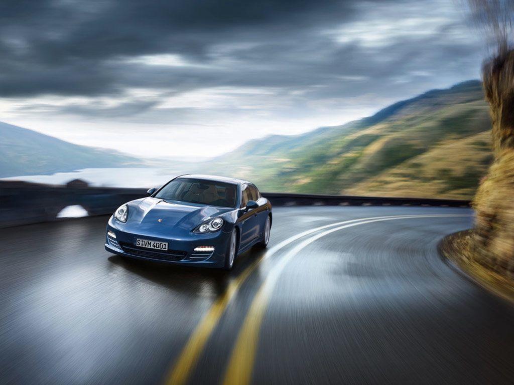 Porsche Panamera 4S (2011)
