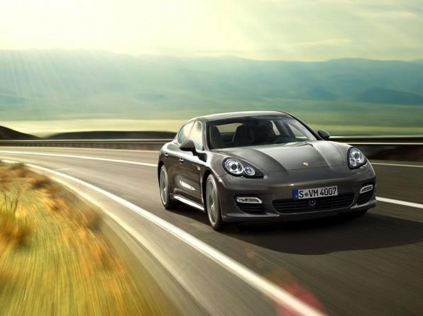 porsche panamera turbo mj 2011 img11 596x446 - Porsche Panamera Turbo (2011)