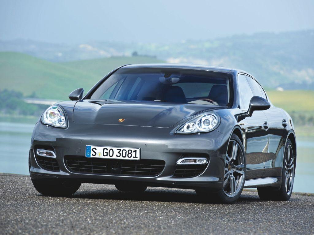 Porsche Panamera Turbo S (2011)
