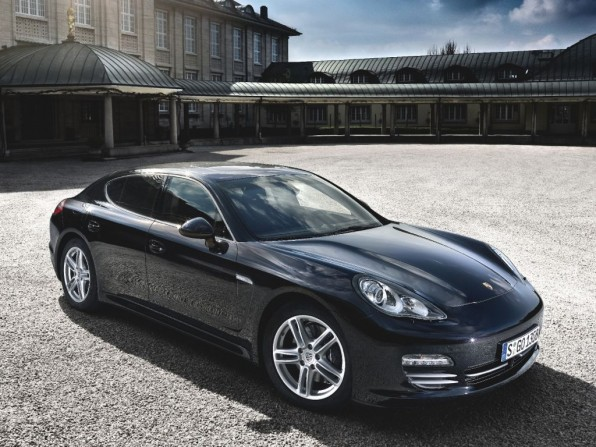 Porsche Panamera 4 (2011)