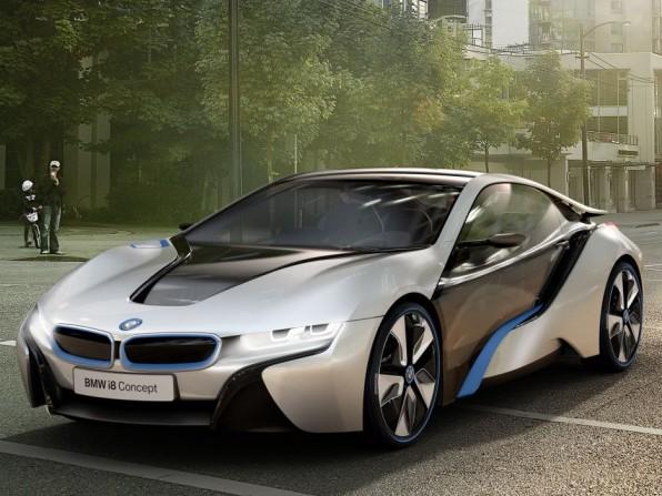 bmw i3 und bmw i8 iaa 2011 img 1 596x447 - IAA 2011: BMW i8 mit Laserlichttechnologie