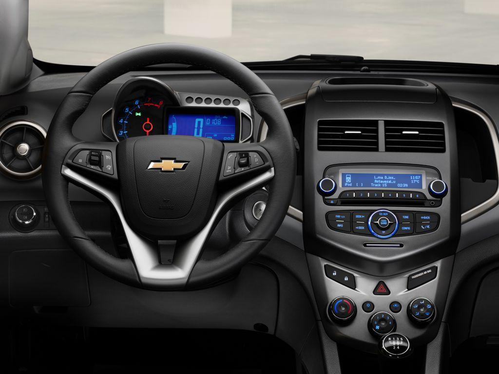 Chevrolet Aveo седан.  Управлени…