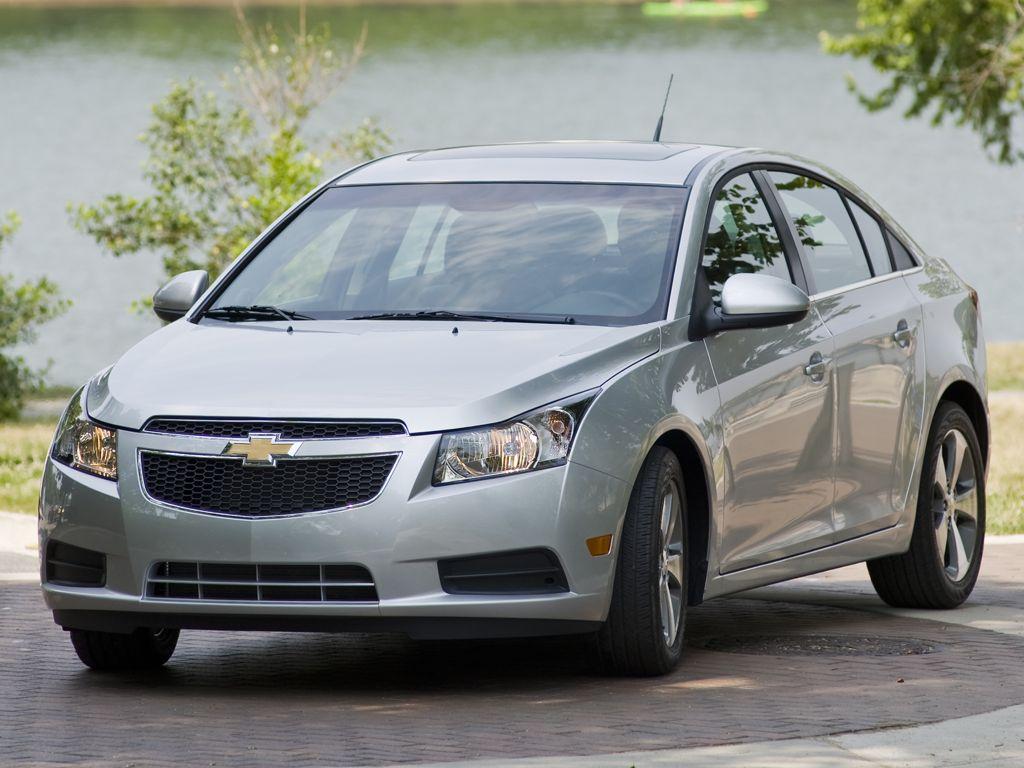 Chevrolet Cruze Sedan (2012)