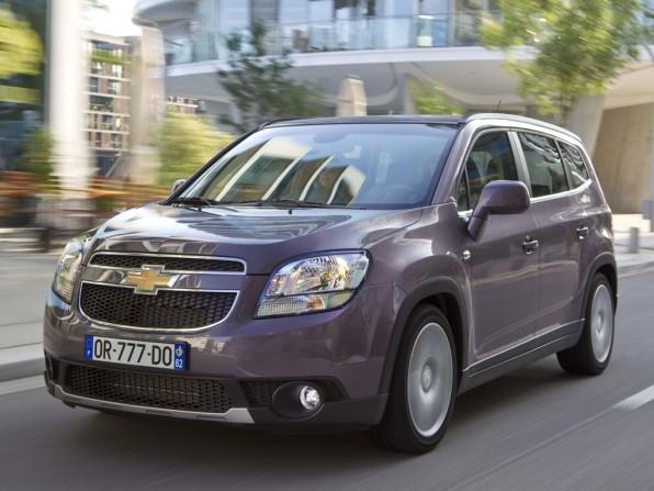 chevrolet orlando mj2012 img 01 596x447 - Chevrolet Aveo Sedan (2012)