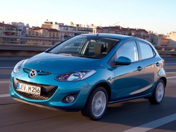 mazda mazda2 mj2010 img 1 596x447 - Mazda2 (2011)