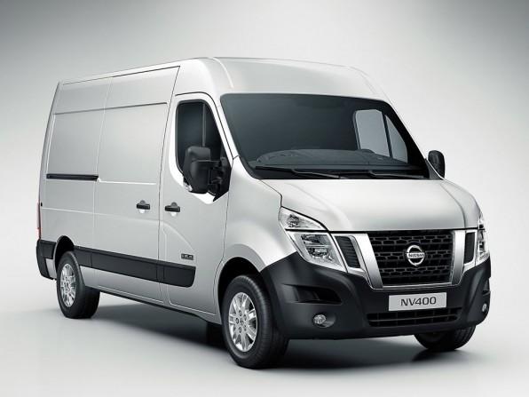 nissan nv400 mj2012 img 1 596x447 - Nissan NV400 (2011)