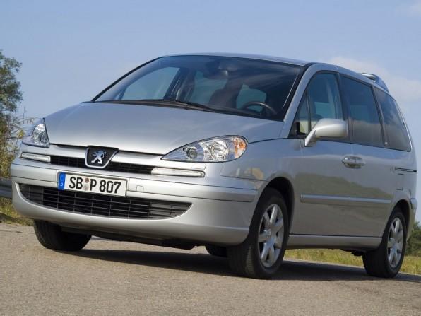 peugeot 087 mj2012 img 01 596x447 - Peugeot 807 (2012)