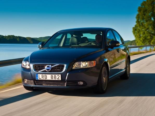 volvo s40 mj2012 img 01 596x447 - Volvo S40 (2012)