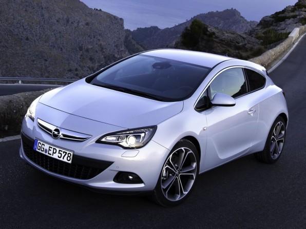 Opel Astra GTC (2012)