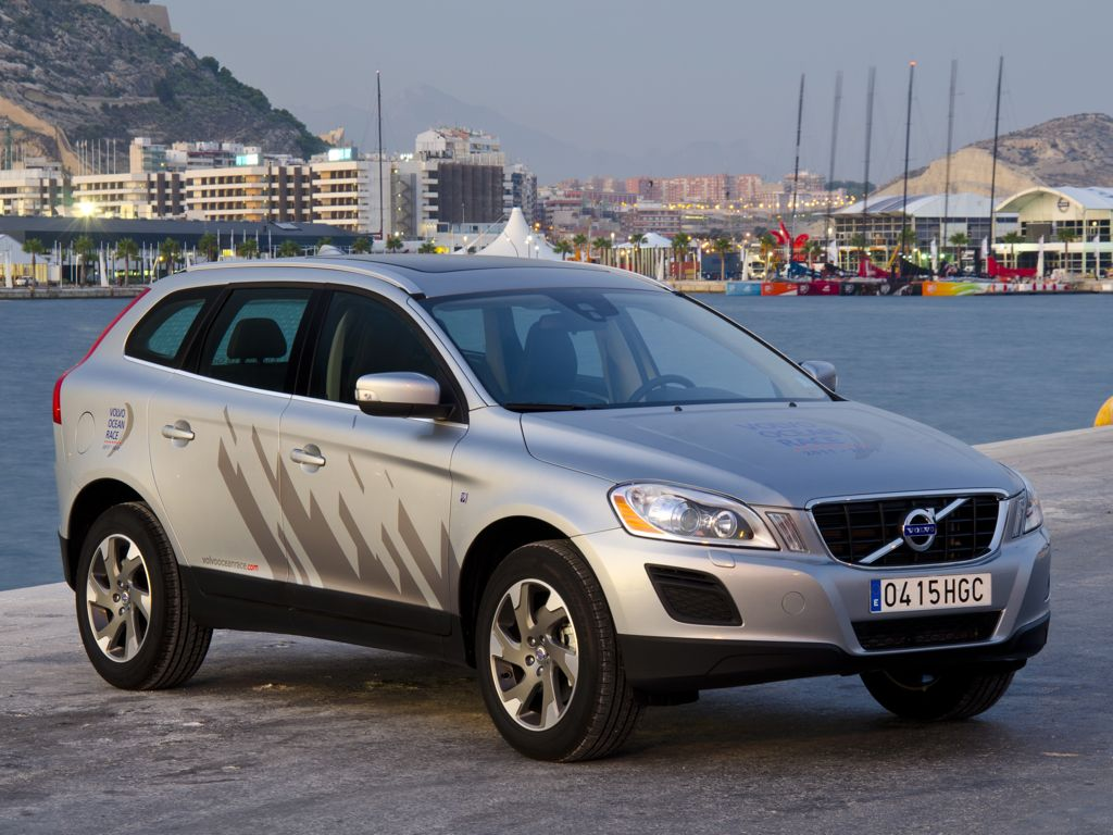 volvo xc60 bilder preise und technische daten 2012. Black Bedroom Furniture Sets. Home Design Ideas