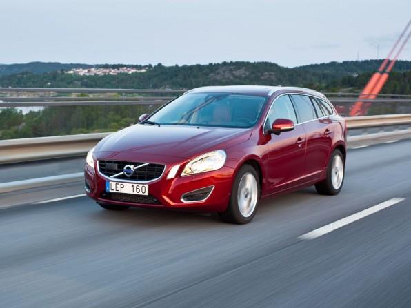 volvo v60 mj2012 img 1 596x447 - Volvo V60 (2012)