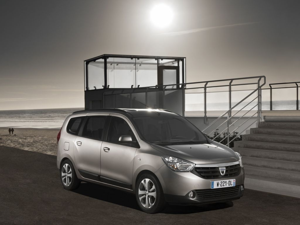 Dacia Lodgy (2012)