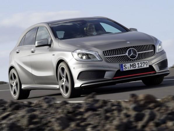 mercedes a klasse 2013 img 01 596x447 - Neue Mercedes A-Klasse (2012): Motoren
