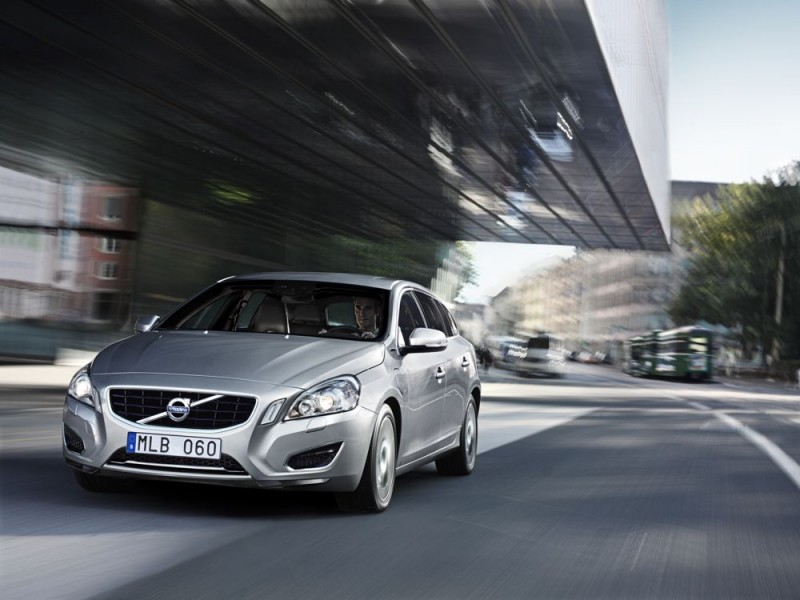 Volvo V60 D6 Hybrid Pure Limited (2012)
