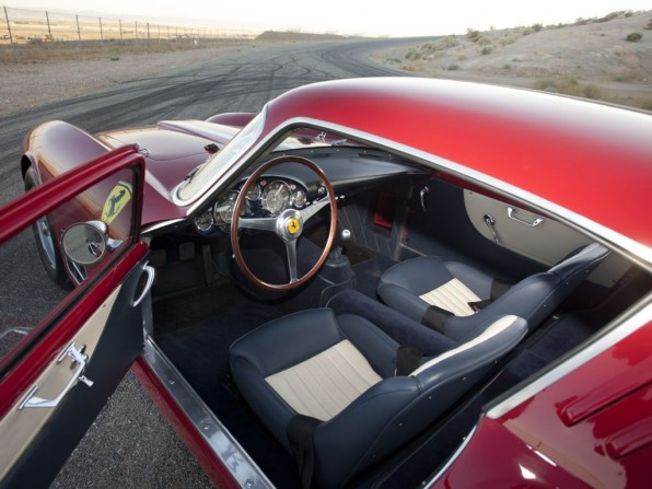 Cockpit des Ferrari 250 GT LWB Berlinetta © RM Auctions
