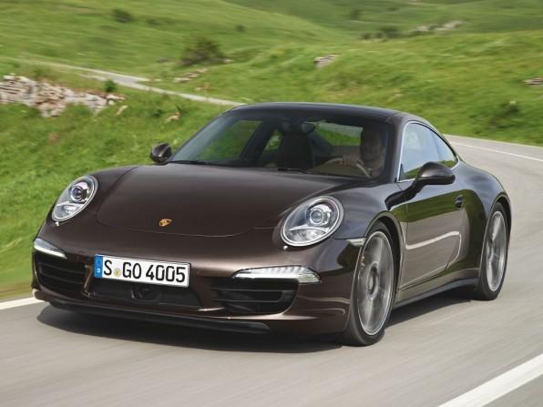 Porsche 911 Carrera 4 Cabrio und Coupe als Typ 991