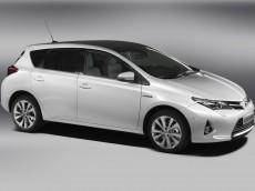 Toyota Auris 2013 Bild 02 230x172 - Paris 2012: Die wichtigsten Neuheiten im Überblick