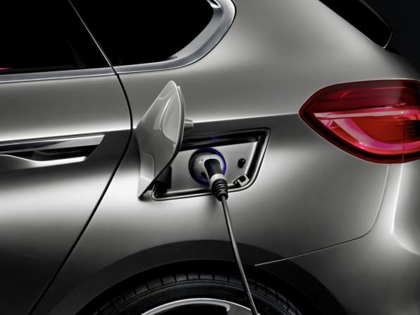 Aufladung BMW Plugin Hybrid Van Concept Active Tourer