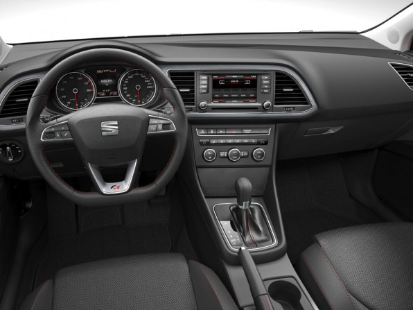 Neuer Seat Leon mit aufgeräumten Innenraum