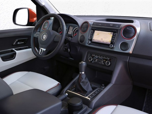 VW Amarok Canyon Innenraum