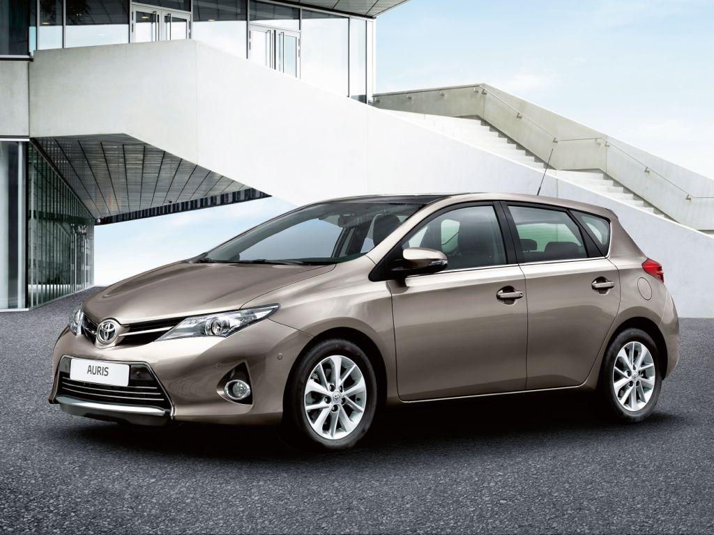 Toyota zeigt gleich 3 Neuheiten auf dem Autosalon Paris 2012