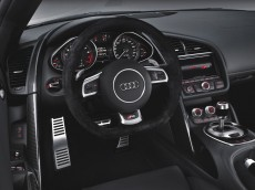 Audi R8: Hochwertige Materialen im Innenraum