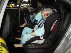 Mercedes Benz A-Klasse Insassenschutz für Kinder