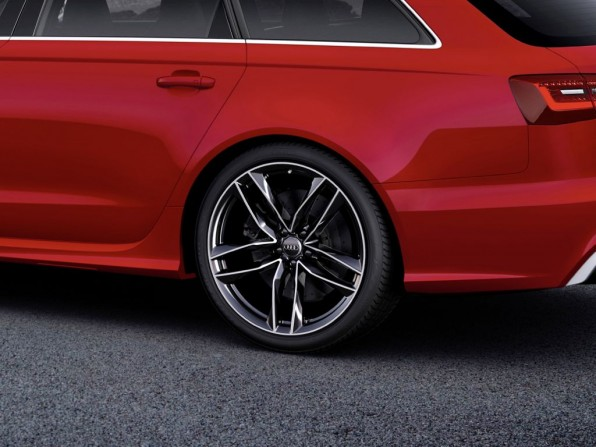 Wahlweise 20 oder 21 Zoll Felgen gibt es für den neuen Audi RS 6 Avant
