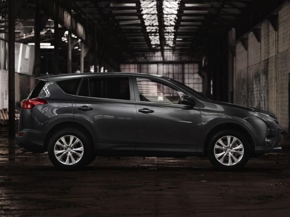 Toyota RAV4 2.2 D-4D 4x2 (DFP): Kompakt-SUV für 53,3 Cent pro Kilometer fahren