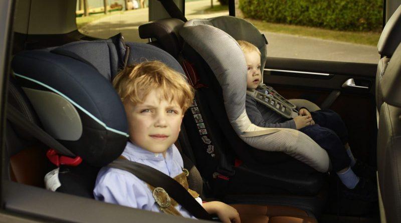 ADAC testet Kindersitze auf Sicherheit