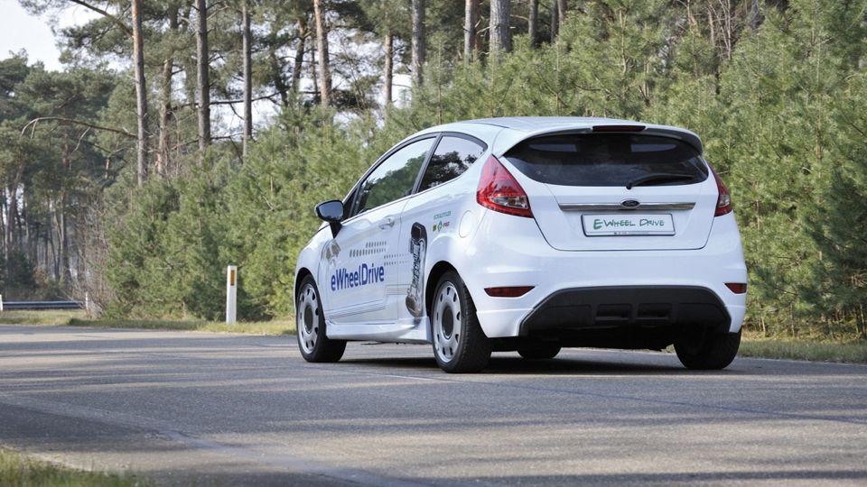Ford Fiesta e-Wheeldrive - Vier Radnabenmotoren ermöglichen neue Fahrzeugkonzepte