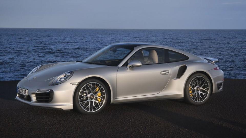 porsche 911 turbo s mj2013 img 05 960x540 - Erste Bilder: So sieht der neue Porsche 911 Turbo S aus