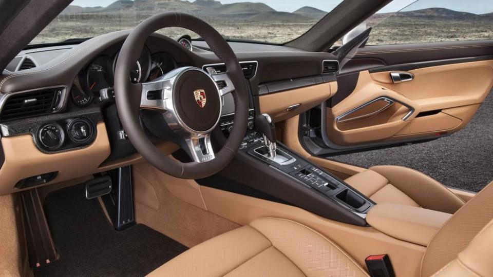 porsche 911 turbo s mj2013 img 09 960x540 - Erste Bilder: So sieht der neue Porsche 911 Turbo S aus